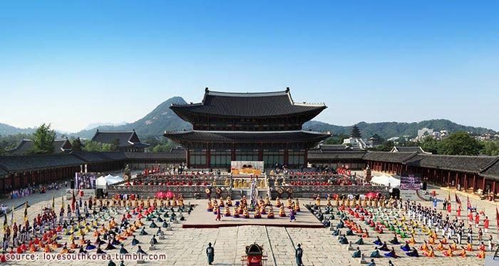 Image result for ภายในพระราชวังคยองบก