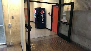 Vending Machine - Real