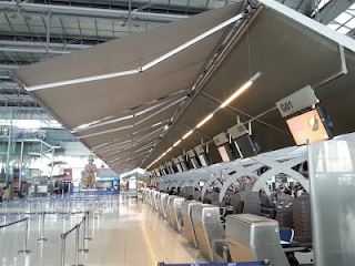 https://sites.google.com/a/songkit.co.th/internet/gallery/airport/main-terminal-building/electric-retractable-awning