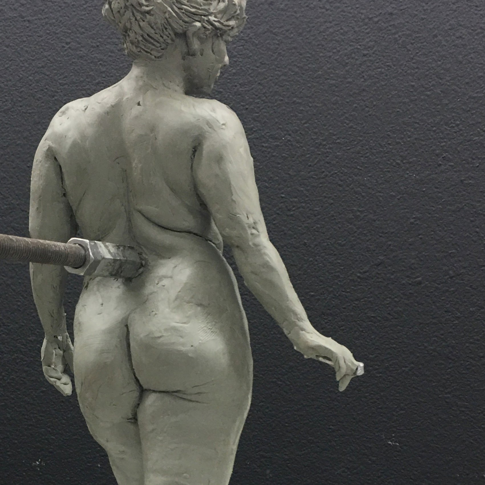 Figure sculpture study by Suzanne Head thumbnail