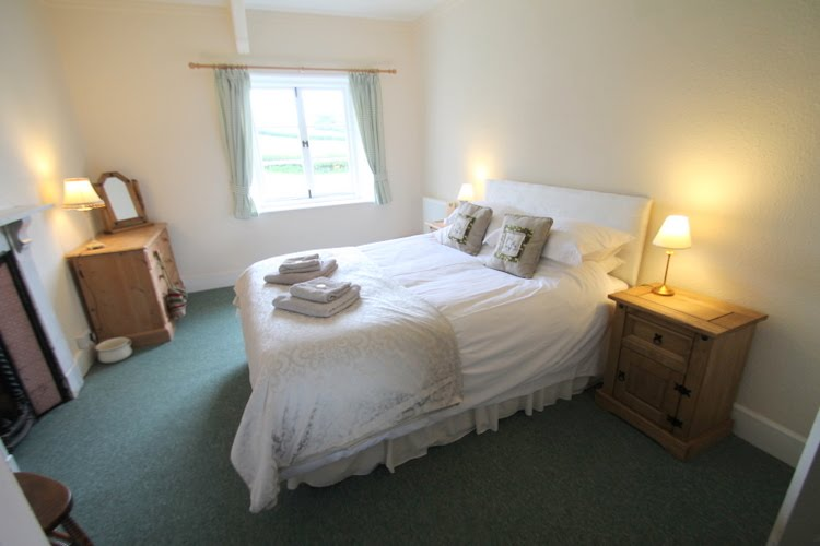 Double Bed in Farm Cottage