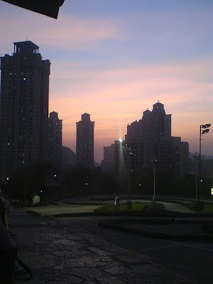 Hiranandani_at_sunset