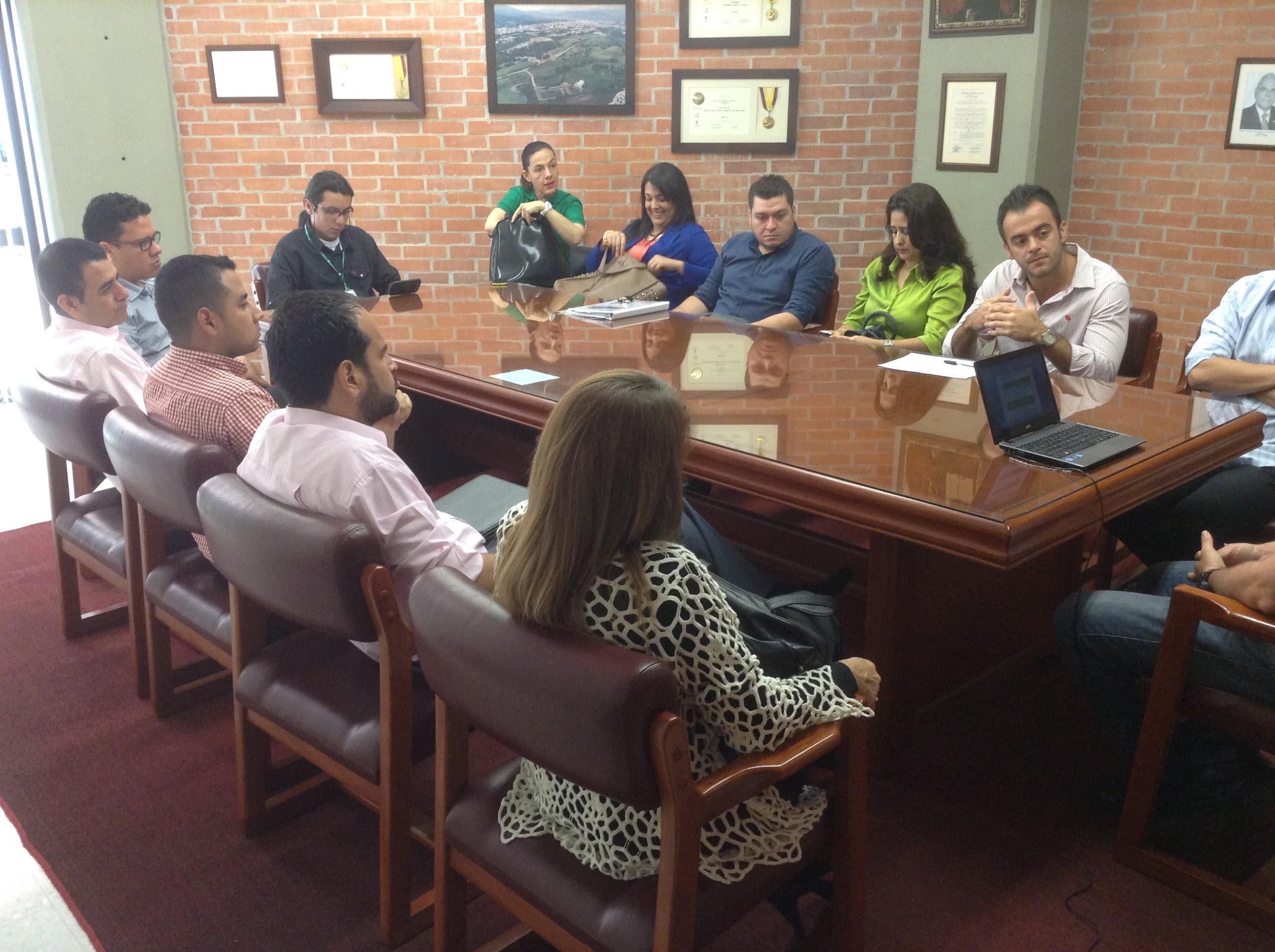Noticias 2014 Diseno Industrial Ucp # Muebles Dario Botero Gomez