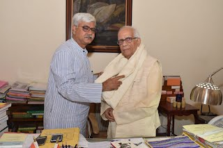 VC meets Governor of West Bengal, Rector (Pradhan)