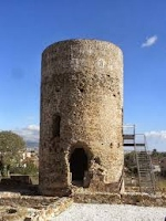 apadrinem la torre Benviure
