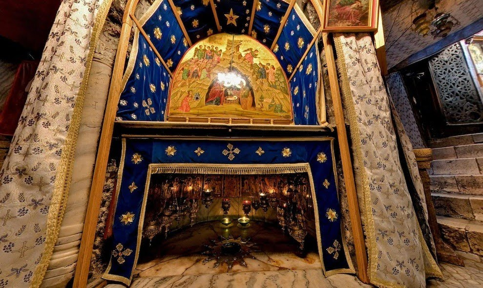 http://triggerpit.com/2011/03/28/church-of-nativity-walk-trough-where-jesus-christ-was-born/