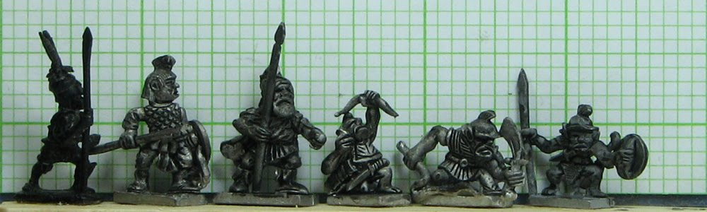Comparing Tin Soldier - 15mm Fantasy Miniatures