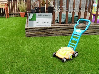 Artificial grass  Glasgow by www.hardtoppaving.co.uk