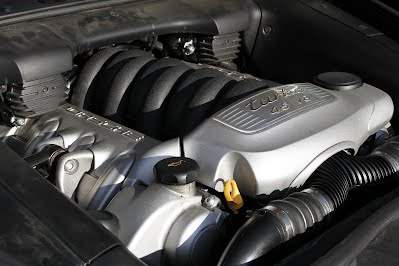 Engine Compartment 2005 Porsche Cayenne Turbo