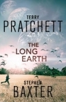 Book cover for The Long Earth by Terry Pratchett, Stephen Baxter