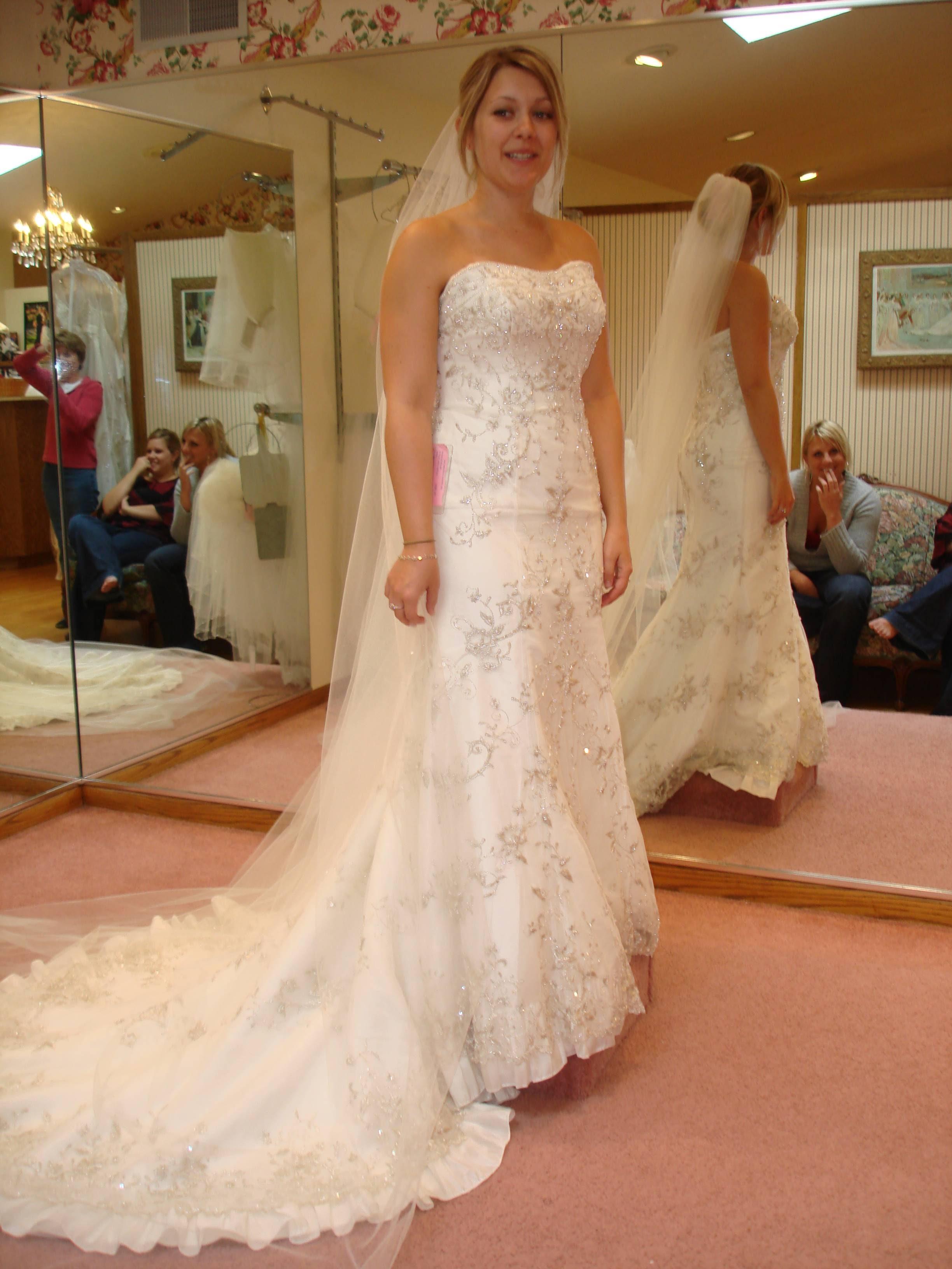 Wedding Dresses Mankato Mn 21 Marvelous I love my dress
