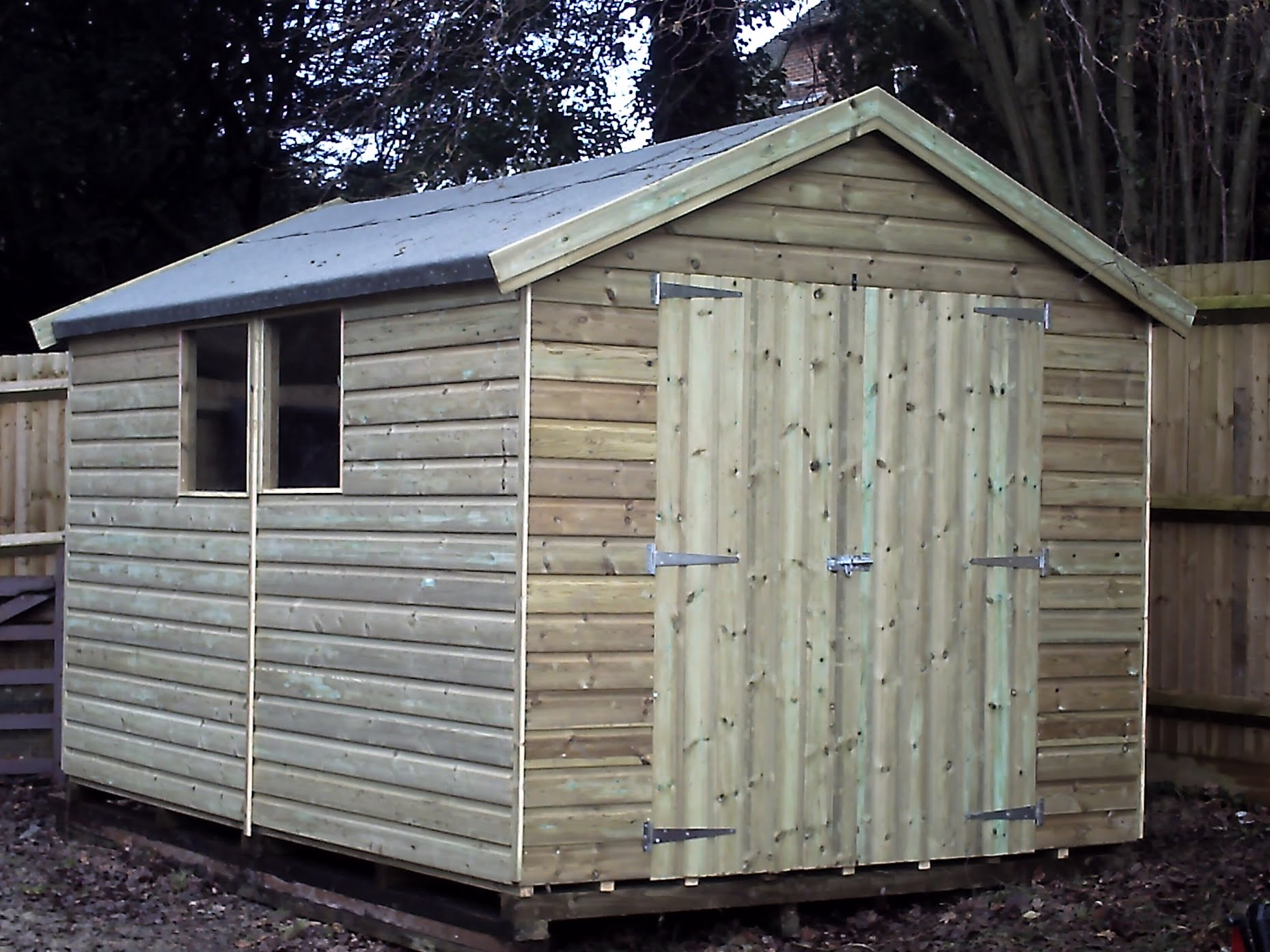 Heavy Duty Tanalised Sheds Apexforshedscouk - Difference between log lap sheds and ship lap sheds