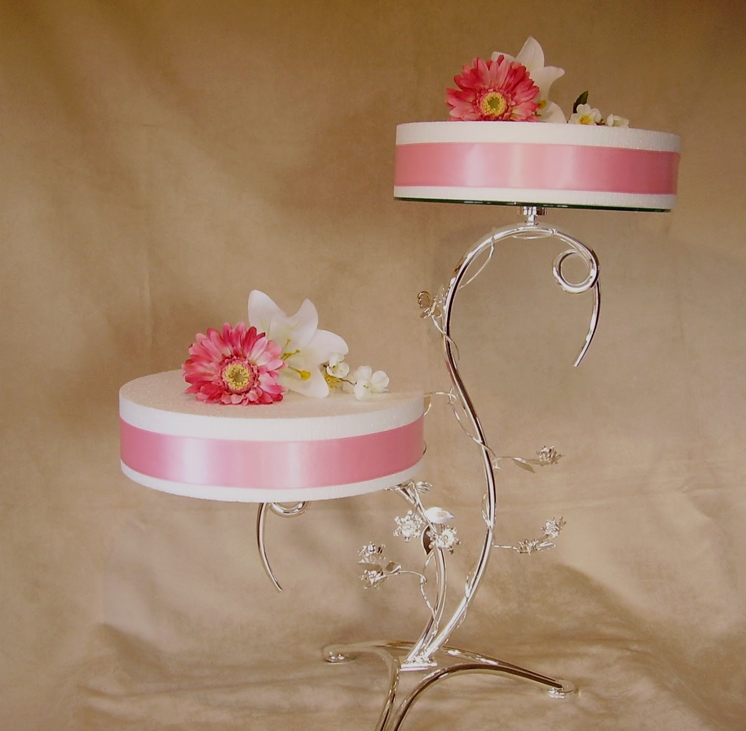 Wedding Cake Stand 2 Great cakestands Wedding Cake Stands
