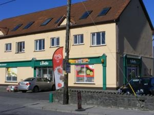 Waters Londis, Tuam Road, Athenry