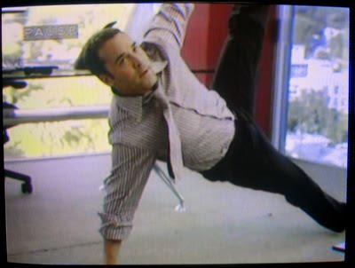 Jeremy Piven doing yoga on Entourage