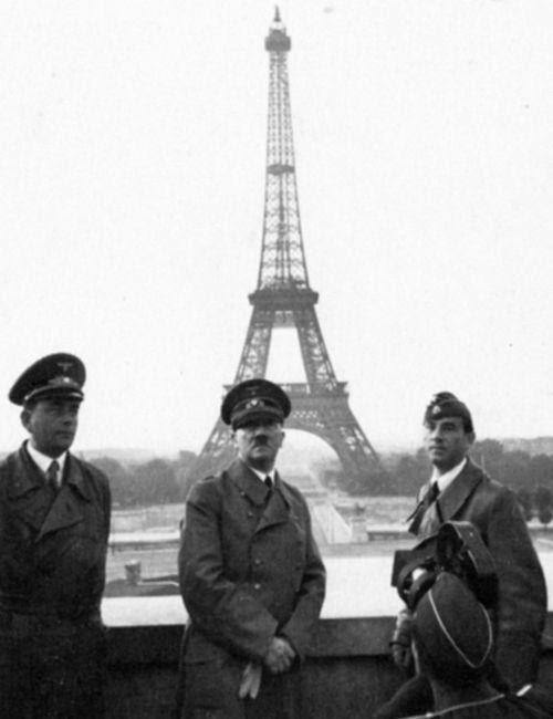 اشهر لقطات الكاميرا التي اثرت العالم HitlervisitsParis194