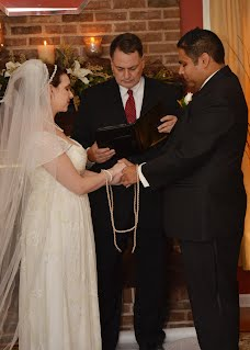 Handfasting Ceremonies Are An Ancient Tradition Ociated With Weddings And Have Made A Resurgence In The Last Several Years As Por Addition To