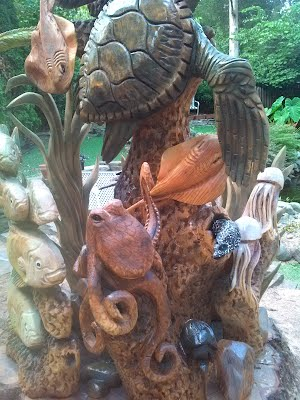 Chainsaw carvings by joe