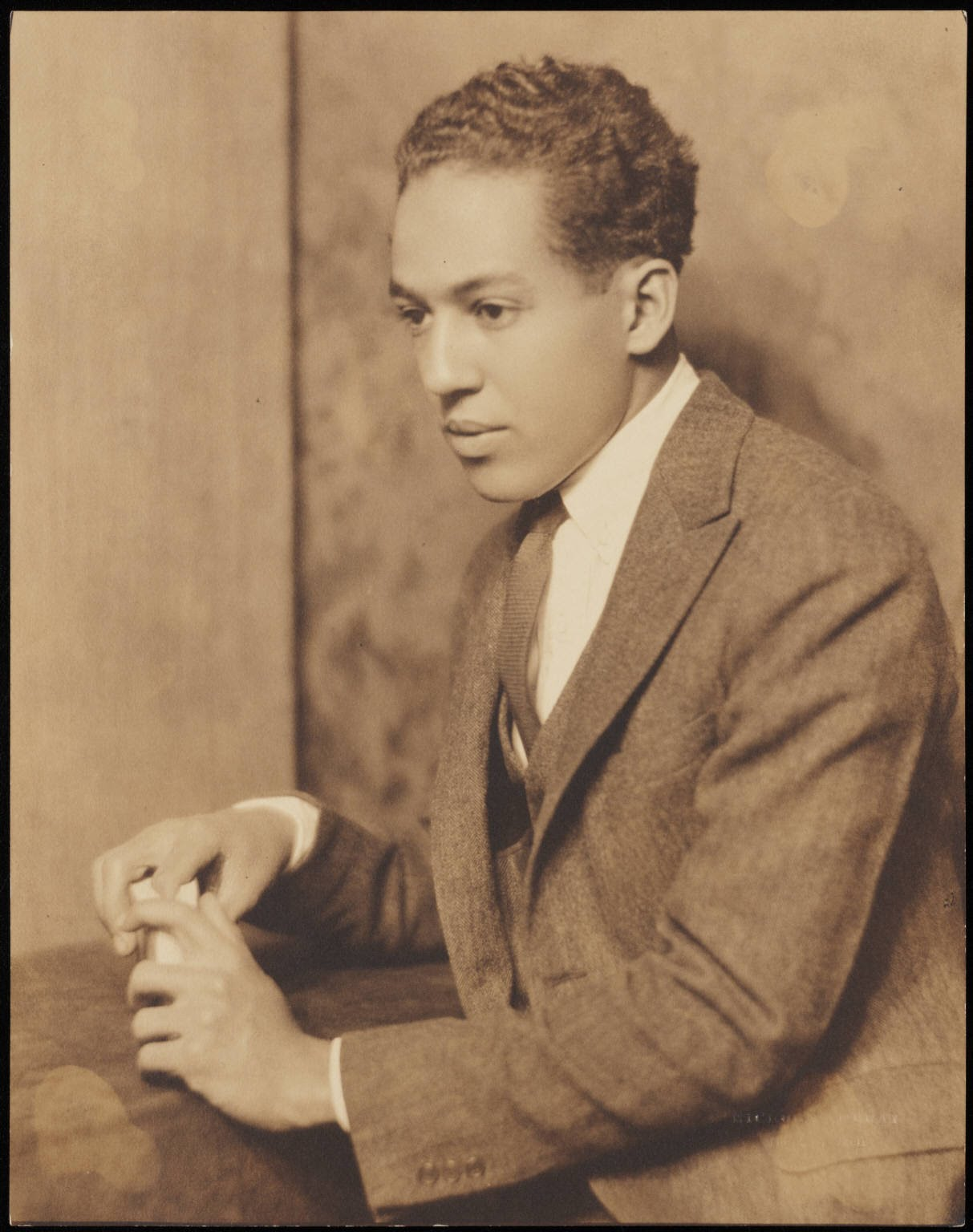 langston hughes as befits a man Langston hughes has 25 ratings and 4 reviews jacob said: langston hughes: a biography by milton meltzer didn't strike me as any different than any oth.
