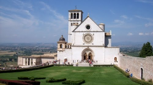 day trips to Assisi