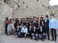 https://sites.google.com/site/diadesinstitutdellagostera/actes-de-graduacio/1graduacio16.jpg