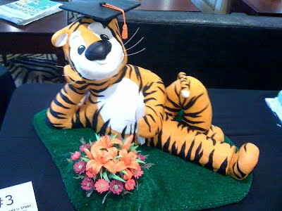Truman the tiger for the MU cake Challenge
