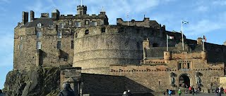 http://everyphototells.com/2014/04/episode-145-the-ghost-of-edinburgh-castle/