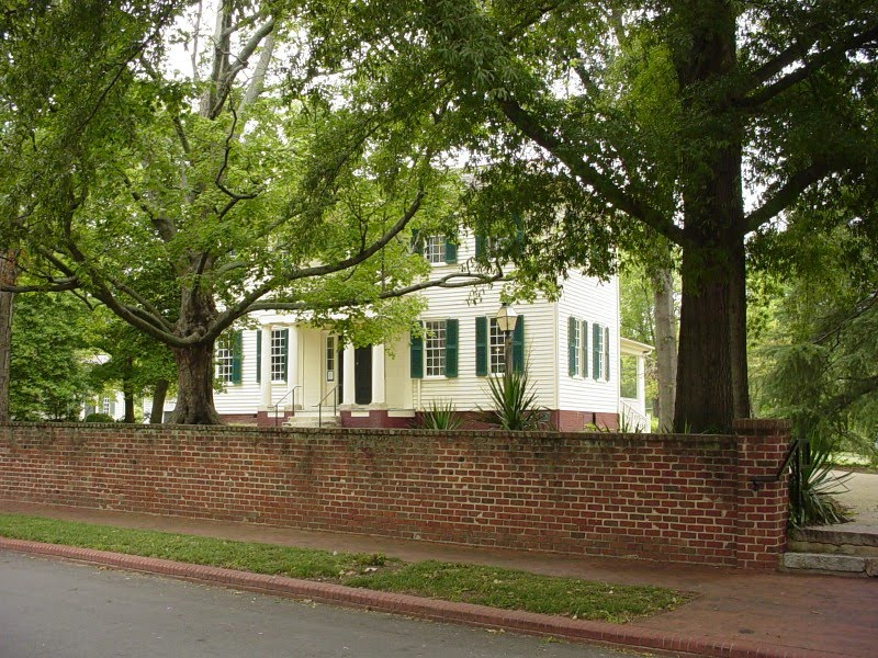 The joel lane house and mordecai historic park english for The house raleigh