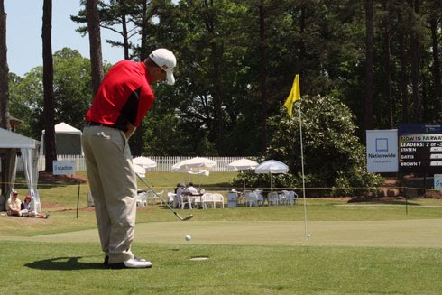 Martin Piller muffs his chip shot at the 2010 Stadion Athens Classic at UGA