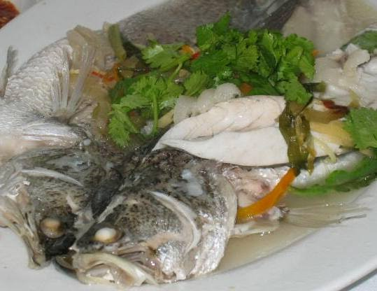 How to cook steam fish in 7 steps fhps makan guide for How to steam fish