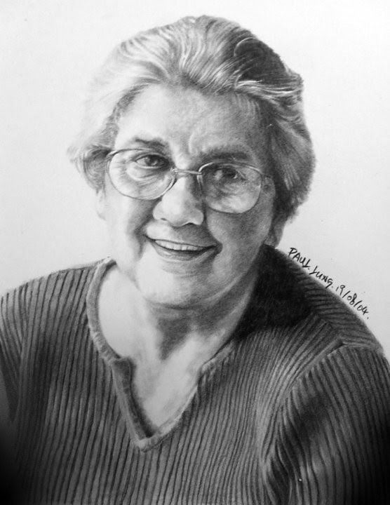 realistic drawing smiling old woman with glasses
