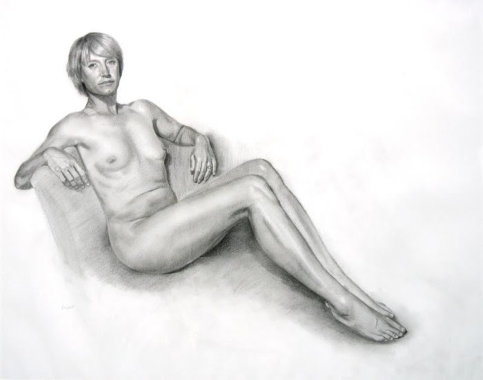 realistic nude drawing woman