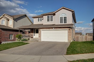 House for rent in Waterloo, Ontario (Canada) - Francis Coulombe