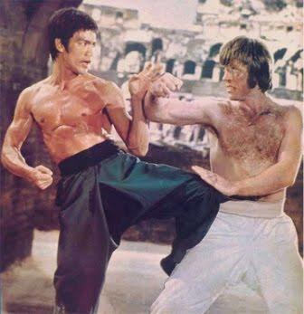 Bruce Lee pelea contra Chuck Norris