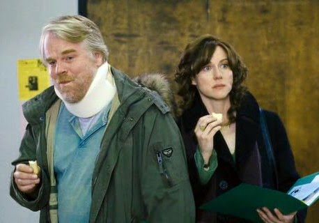 Los hermanos Savage: Philip Seymour Hoffman y Laura Linney