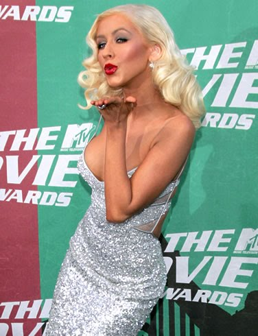 http://glitzybits.googlepages.com/christina-aguilera-pictureplnzmorbab.jpg