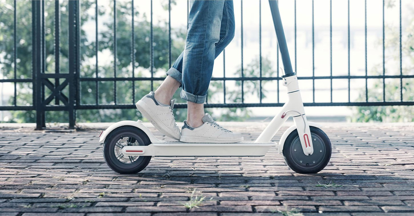 Xiaomi M365 Electric Scooter Can Drive 30km With full