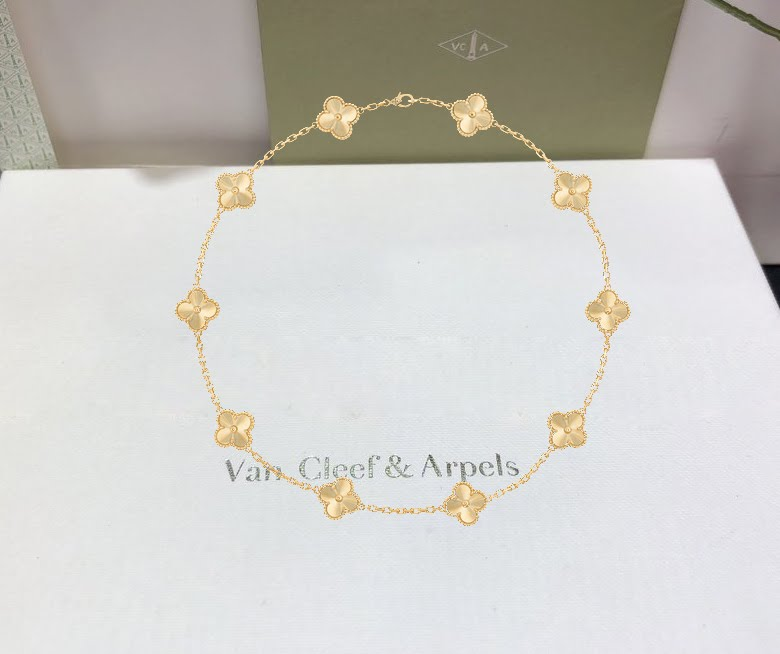Van Cleef & Arpels Vintage Alhambra Yellow Gold 10 Motifs Necklace VCARP3JJ00