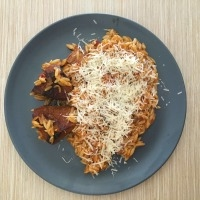 Giouvetsi - Oven baked beef with orzo (Greek Recipe)