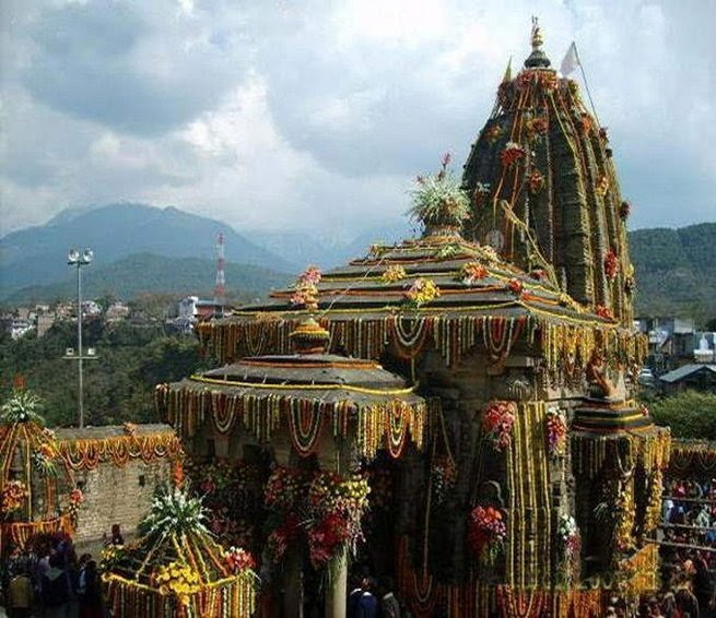 http://daily.bhaskar.com/news/JM-in-pics-lakhs-of-people-visit-this-temple-to-know-interesting-things-about-raava-4832756-PHO.html