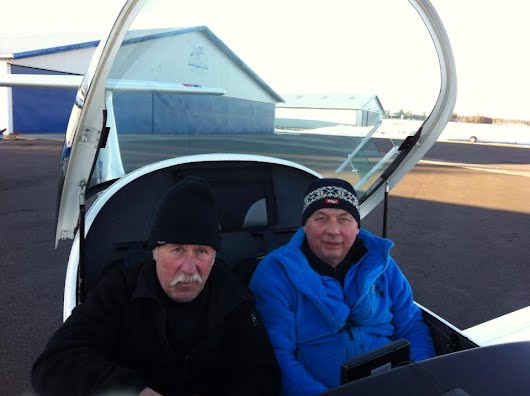 Hermod skoler på klubbflyet Atec Zephyr LN-YPW