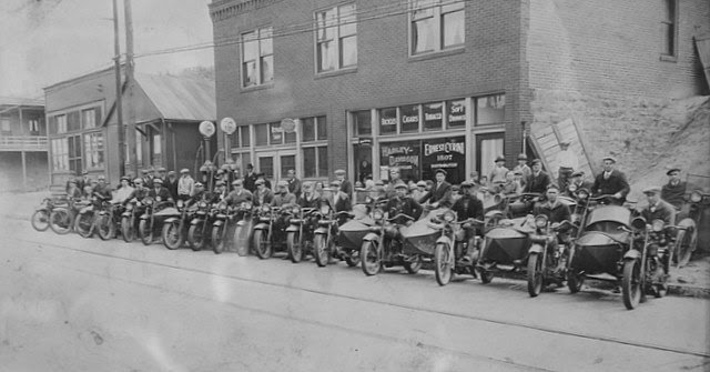 Early Harley-Davidson Sidecars Motorcycles