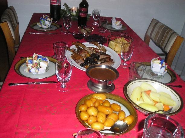 อาหารคริสต์มาส ก่อนบ้านเขา อิอิ