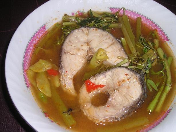 แกงส้มปลาค่อใส่ดอกแค แก้ไข้หัวลม เพิ่นพาว่า