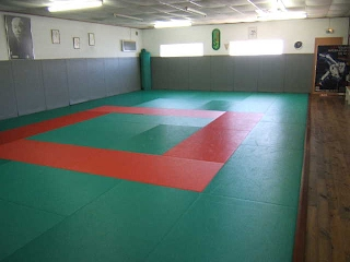 https://sites.google.com/site/judoclubsixfours/t2007_0814004.JPG?attredirects=0