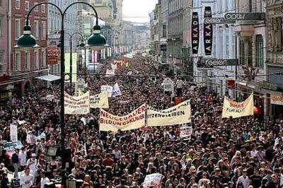 milhares nas ruas