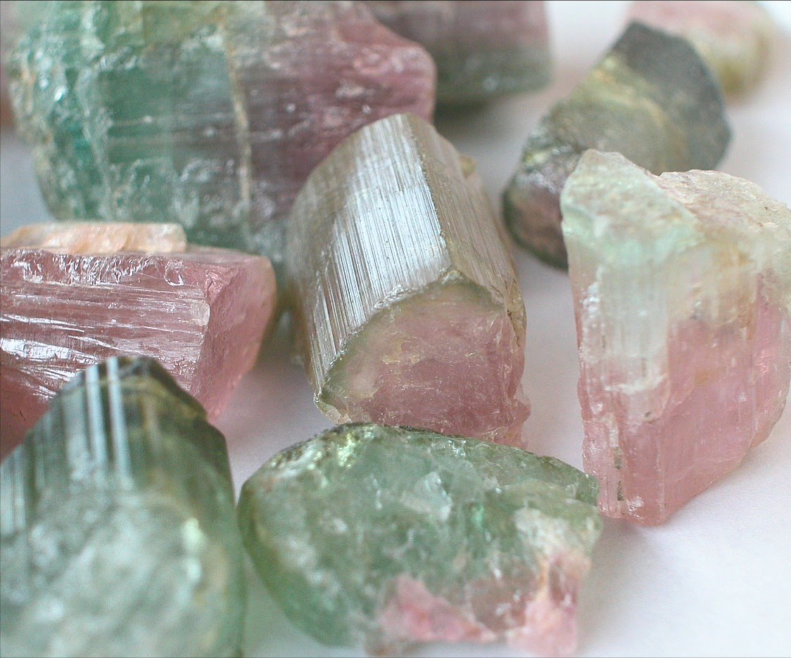 Green Tourmaline Rough Selected Quality Contains In Good Cabochon Small Sizes From 2 Mm To 10 And Weight Between 0 1
