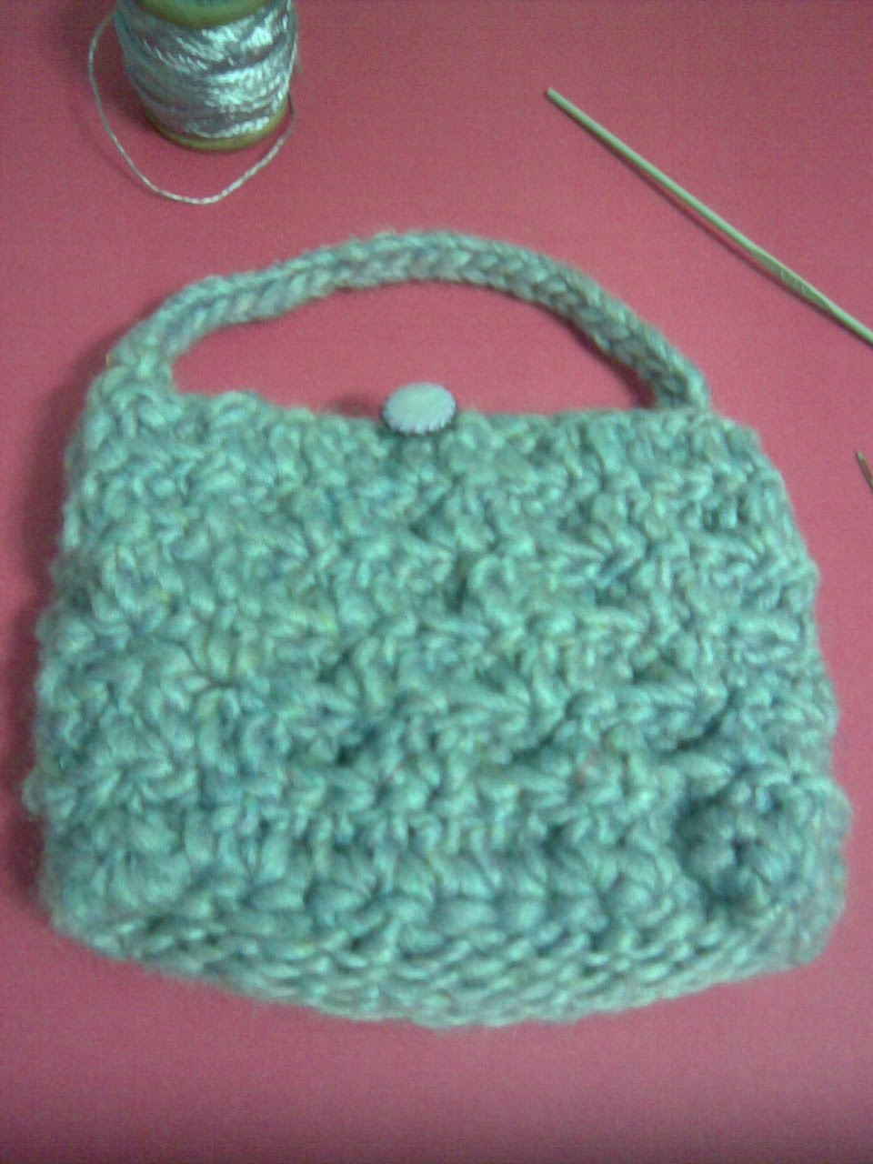Crocheting Websites : Bolso crochet en relieve