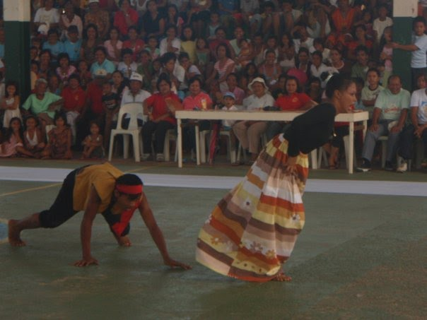 Renactment of how Giporlos Got its Name performed by the GNTS students