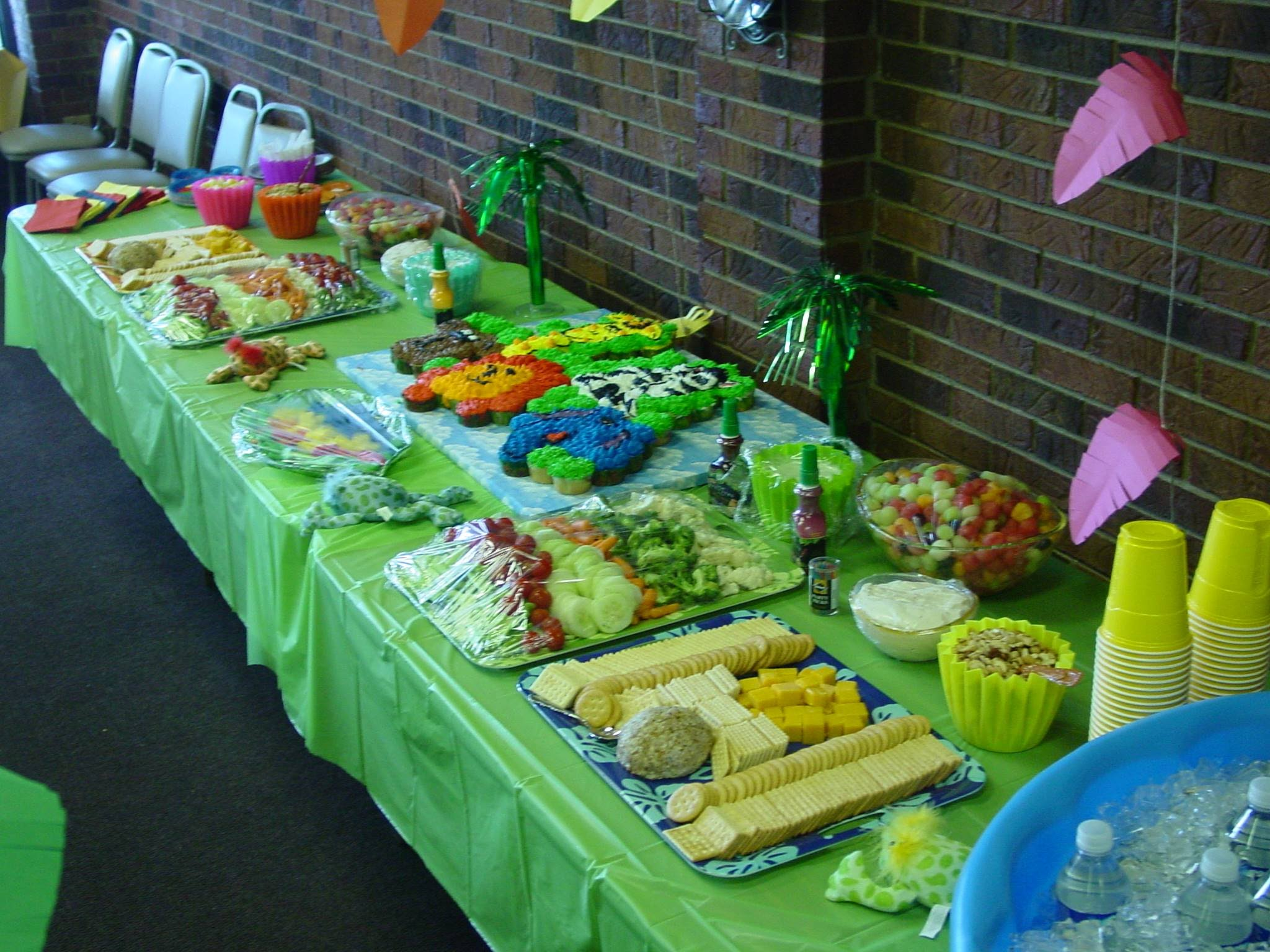 food for a jungle themed baby shower